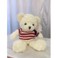Медведь белый в кофте